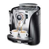 Der Kaffee-Vollautomat von Saeco hat einen relativ kleinen Wasserbehälter
