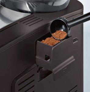 Mit dem Bosch TES50358DE Kaffee-Vollautomat VeroCafe Latte kann auch Kaffeepulver genutzt werden