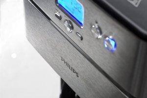 Das Display des Philips HD7753/00 Grind und Brew mit Timer und Thermo