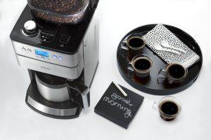 Der perfekte Morgen beginnt mit dem Philips HD7753/00 Grind und Brew mit Timer und Thermo