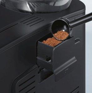 Das Pulverfach des Siemens TE503521DE Kaffee-Vollautomat EQ.5 edition 11