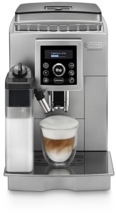Frontalansicht des Kaffeevollautomat